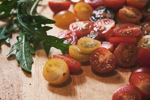 Ruccola Leaves And Cherry Tomatoes http://barnimages.com/